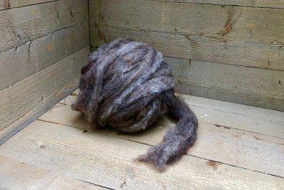 500 g gew. Kammzugwolle - Dassenkopf (Mioget)