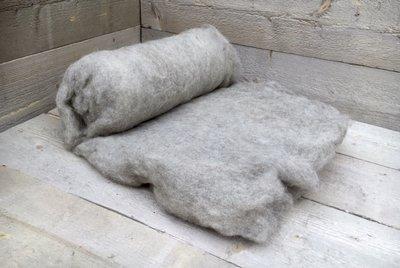 500 g gewaschene Vlieswolle - Blaue Texelschaf (Silbergrau)
