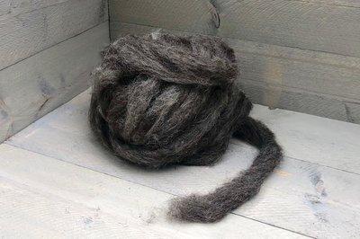 500 g gew. Kammzugwolle - Drenter Heideschaf (Grau)