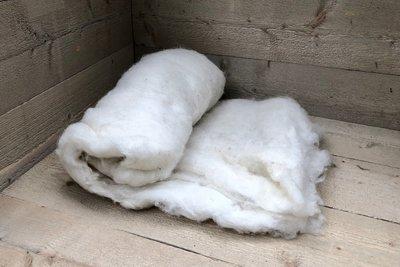 500 g gewaschene Vlieswolle - Basiswolle / Füllwolle (Wollweiß)