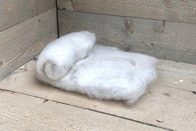 100 g gewaschene Vlieswolle - Schoonebeeker (Naturfarben)